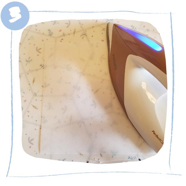 L'Atelier de Béryl - Tutoriels pour Quiet Books - Blog - Page formes géométriques - étape 3 - thermo collage de la Vlieseline