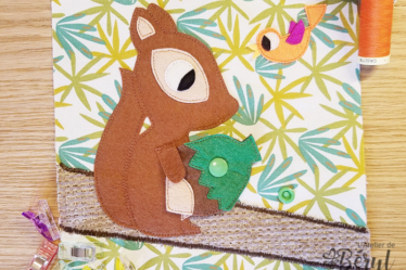 L'Atelier de Béryl - Tutoriels pour Quiet Books - Blog - Page ecureuil - noisette dans les bras
