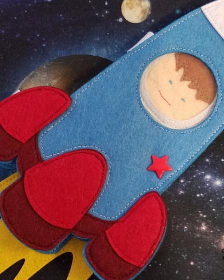 L'Atelier de Béryl - Quiet Books - Fusée avec astronaute