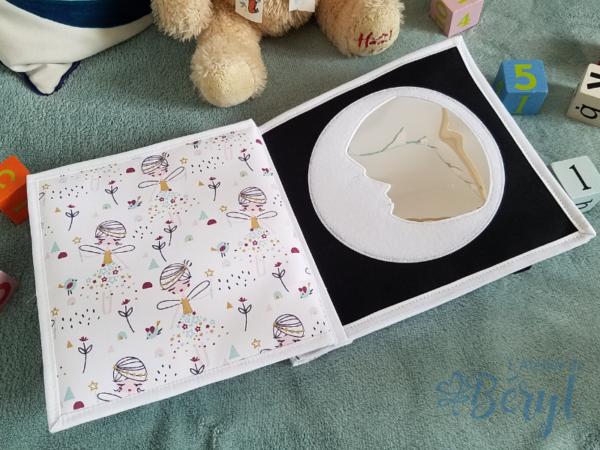 L'Atelier de Béryl - Quiet book personnalisé - Lune