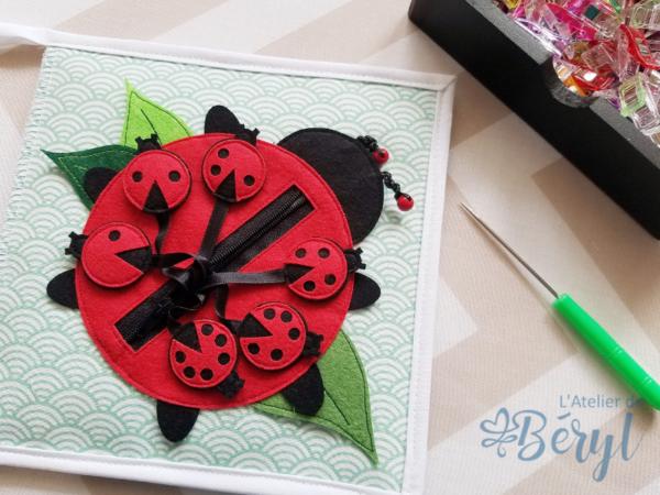 L'Atelier de Béryl - Quiet book - Kits de pages - Coccinelle - Livre activité éveil enfant
