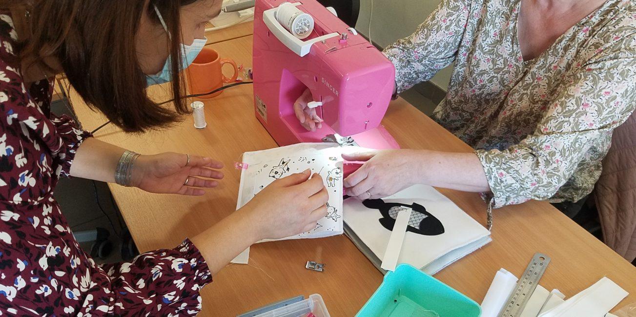 L'Atelier de Béryl - Animation couture Quiet books - Centre Social et Culturel d'Arpajon-sur-Cère